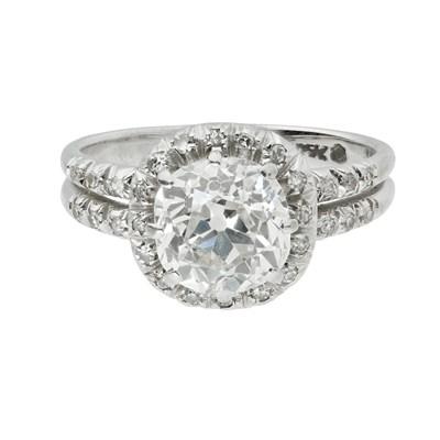 Lot 100-A diamond set cluster ring