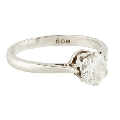 Lot 54-A single stone diamond ring