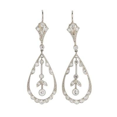 Lot 6-A pair of Belle Époque diamond set pendant earrings