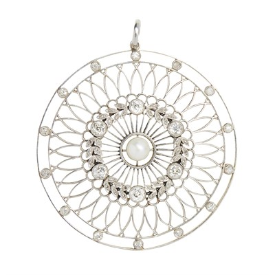 Lot 14-A Belle Époque diamond and pearl set pendant