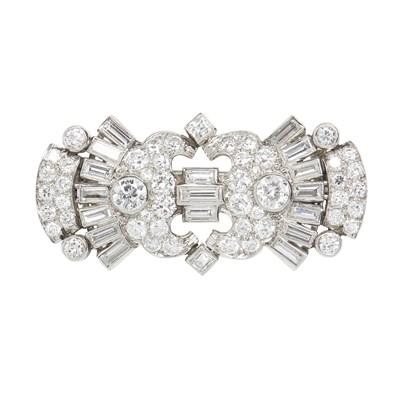 Lot 19-A 1920s diamond set brooch