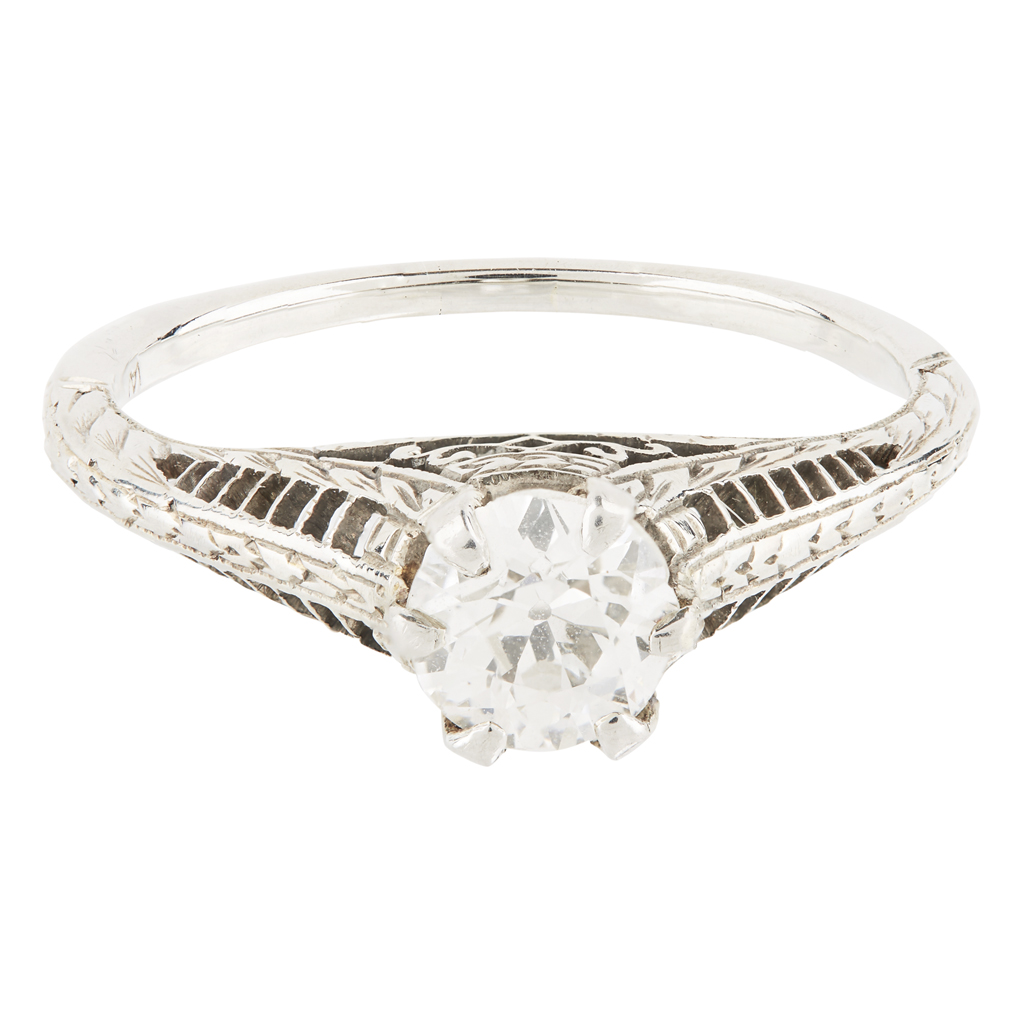 Lot 2-A single stone diamond ring