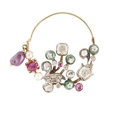 Lot 62-An Indian gem and diamond set nose ring <em>(nath)</em>