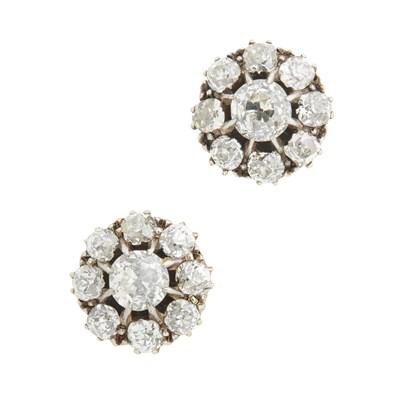 Lot 2-A pair of diamond set cluster earrings