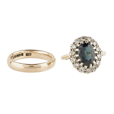 Lot 45-A sapphire and diamond set cluster ring