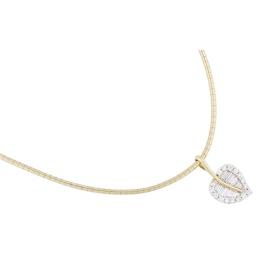 Lot 111 - A modern diamond set pendant necklace