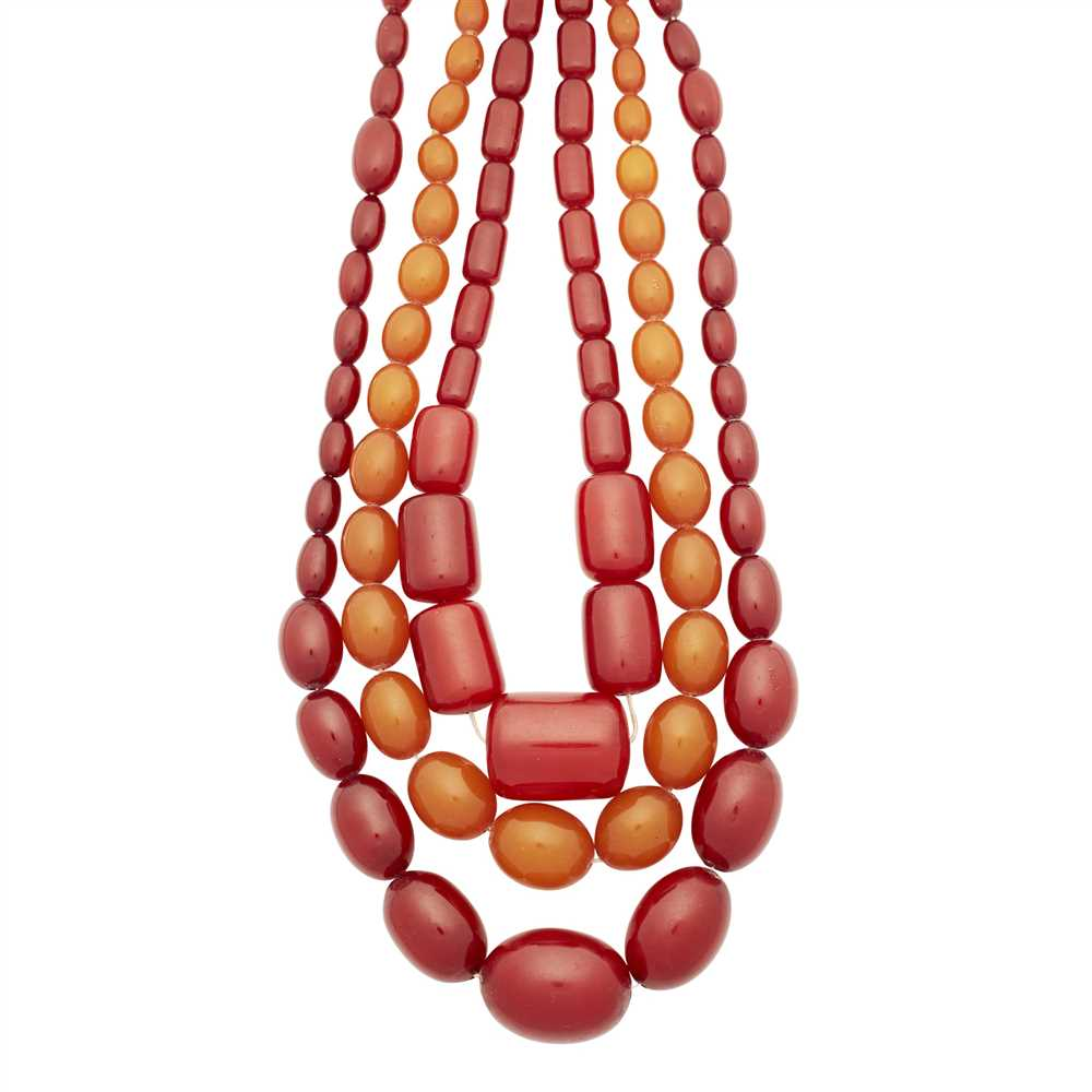 Lot 24-A graduated amber bead necklace