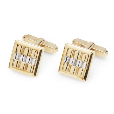 Lot 136 - A pair of cufflinks
