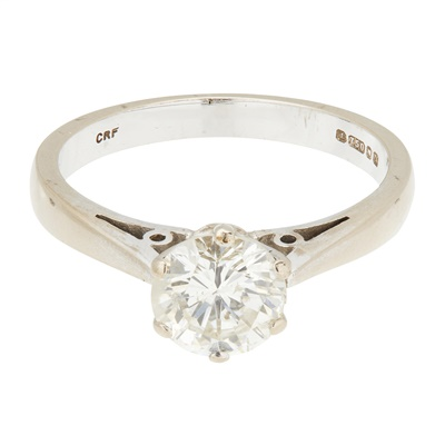 Lot 11-A diamond solitaire ring