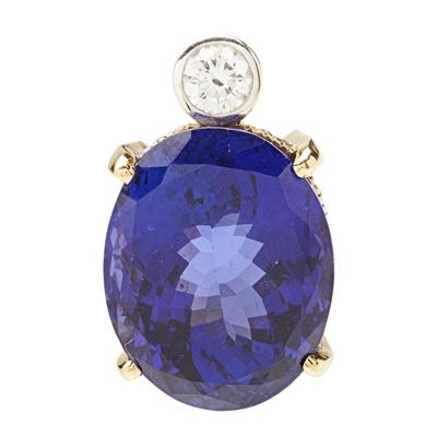 Lot 105 - An 18ct gold Tanzanite and diamond set pendant