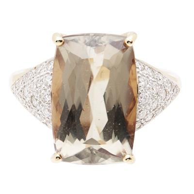 Lot 100 - A tourmaline and diamond set ring