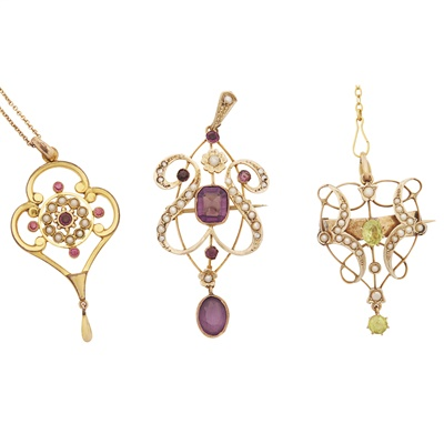 Lot 34-A collection of Belle Époque pendants