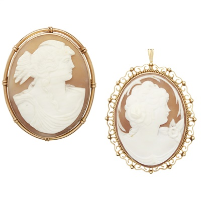 Lot 61-A large cameo brooch