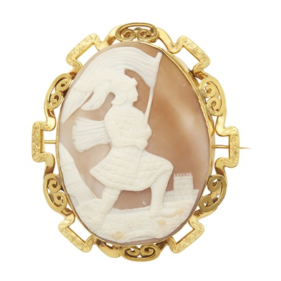 Lot 62-A large cameo brooch