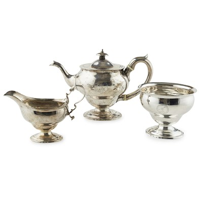 Lot 268 - GLASGOW - A SCOTTISH PROVINCIAL THREE PIECE TEA SERVICE