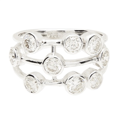 Lot 128 - A contemporary diamond set 'Raindance' style ring