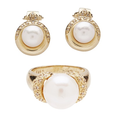 Lot 154 - A pearl and diamond set ring and earrings