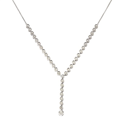 Lot 24-A diamond set necklace