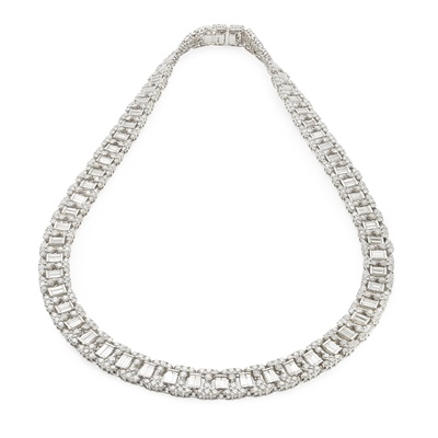 Lot 13-A diamond set necklace