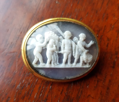 Lot 418-TWO HARDSTONE-CARVED CAMEOS