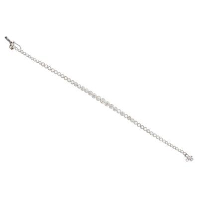 Lot 19 - A diamond line bracelet