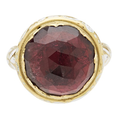 Lot 33-A pink tourmaline set ring