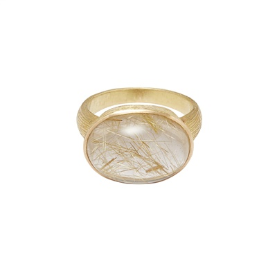 Lot 25-A rutilated quartz set cocktail ring