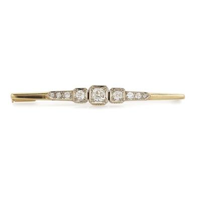 Lot 5-A diamond set bar brooch