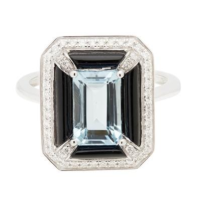 Lot 99 - An aquamarine, onyx and diamond set ring