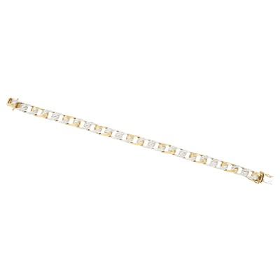 Lot 11-A diamond set bracelet