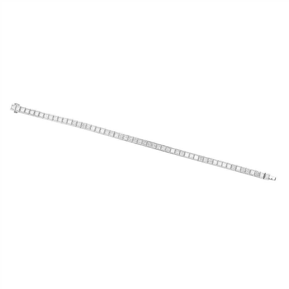 Lot 16-A diamond set line bracelet