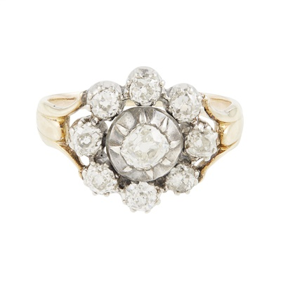 Lot 9-A diamond set cluster ring