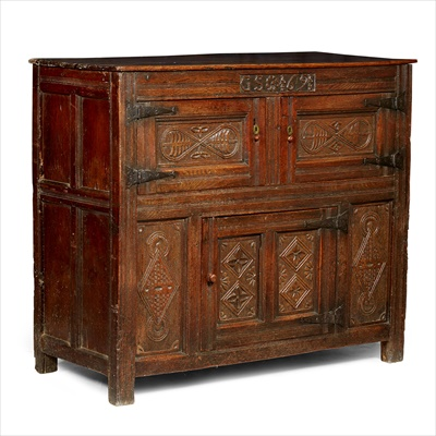 Lot 17-OAK PRESS CUPBOARD