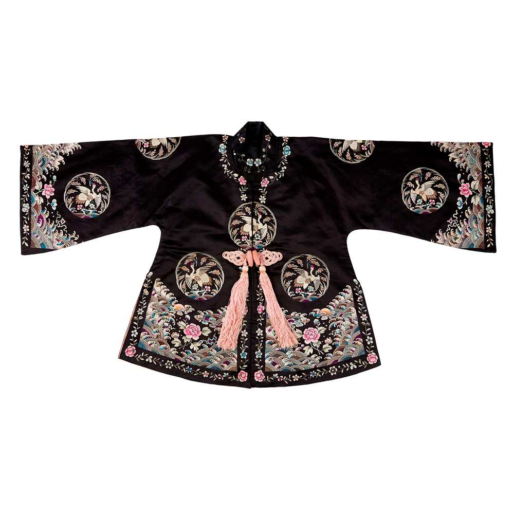 Lot 20-SILK EMBROIDERED LADY'S SHORT ROBE