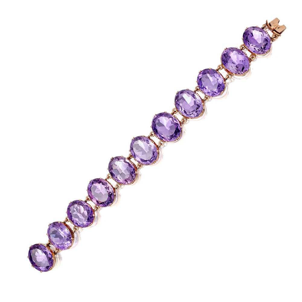 Lot 56 - A Victorian amethyst set bracelet