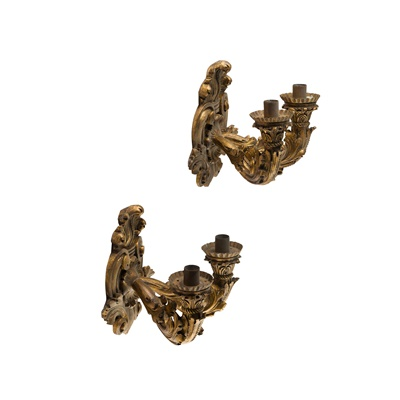 Lot 442 - PAIR OF CONTINENTAL GILTWOOD SCONCES