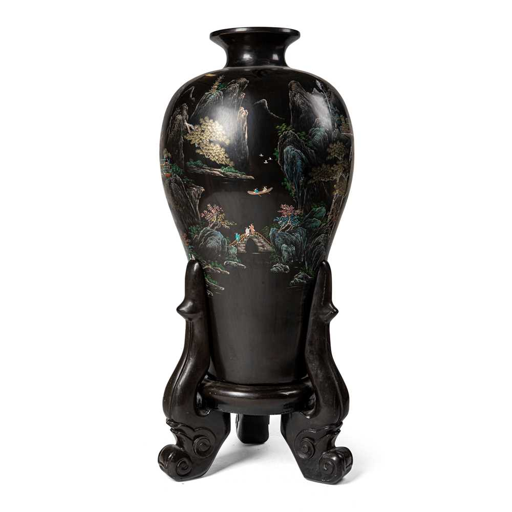 Lot 1-LARGE LACQUER WOODEN 'LANDSCAPE' VASE