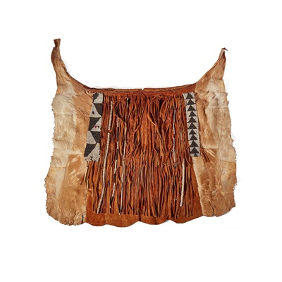 Lot 8-YEI BACK APRON