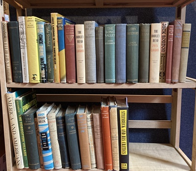 Lot 73 - A collection of literature, mainly 20th century