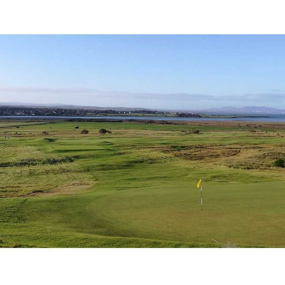 Lot 15-GAME OF GOLF FOR THREE  (PLUS HOST) AT GULLANE GOLF CLUB