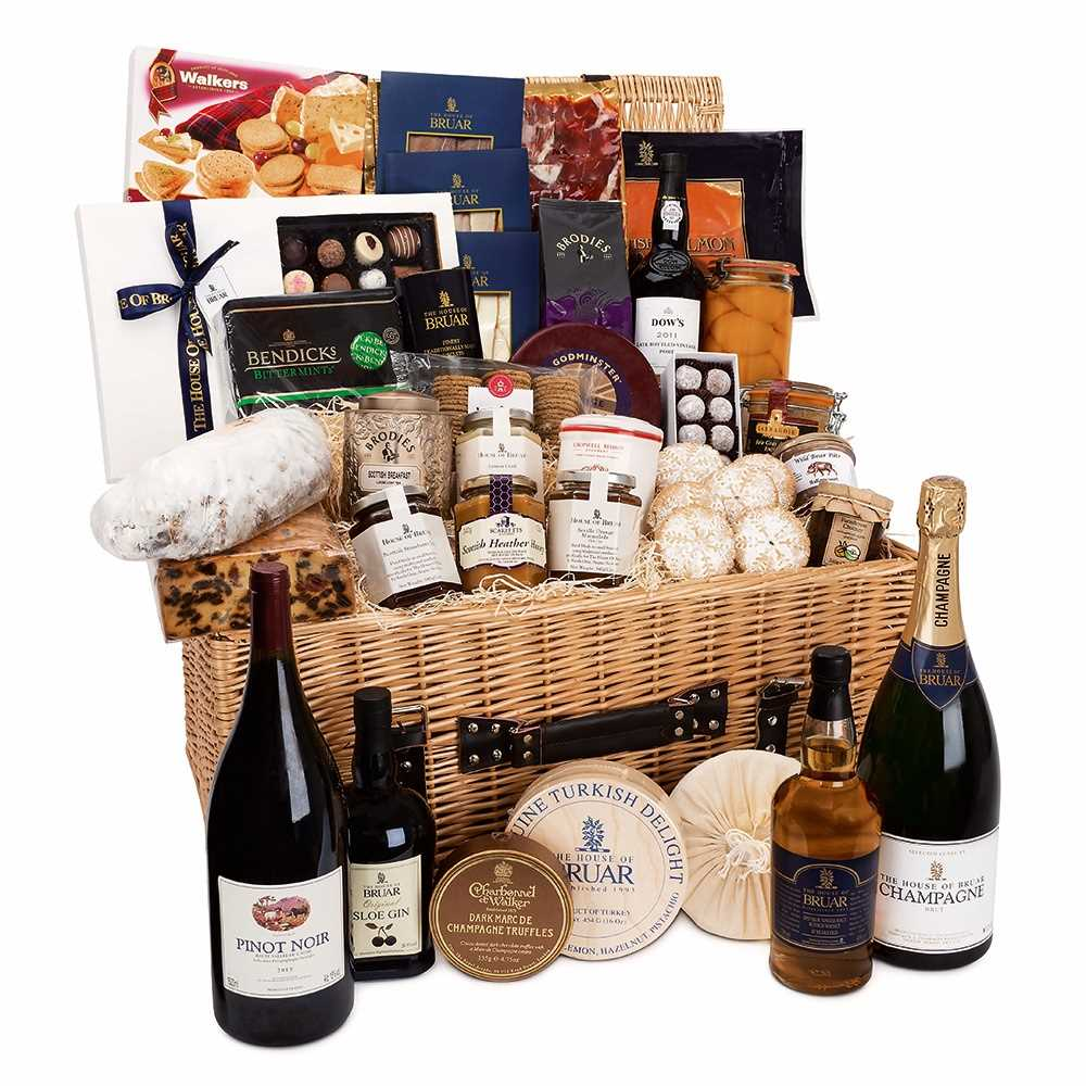Lot 16-THE BRUAR BANQUET HAMPER