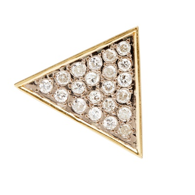 Lot 10-A diamond set brooch