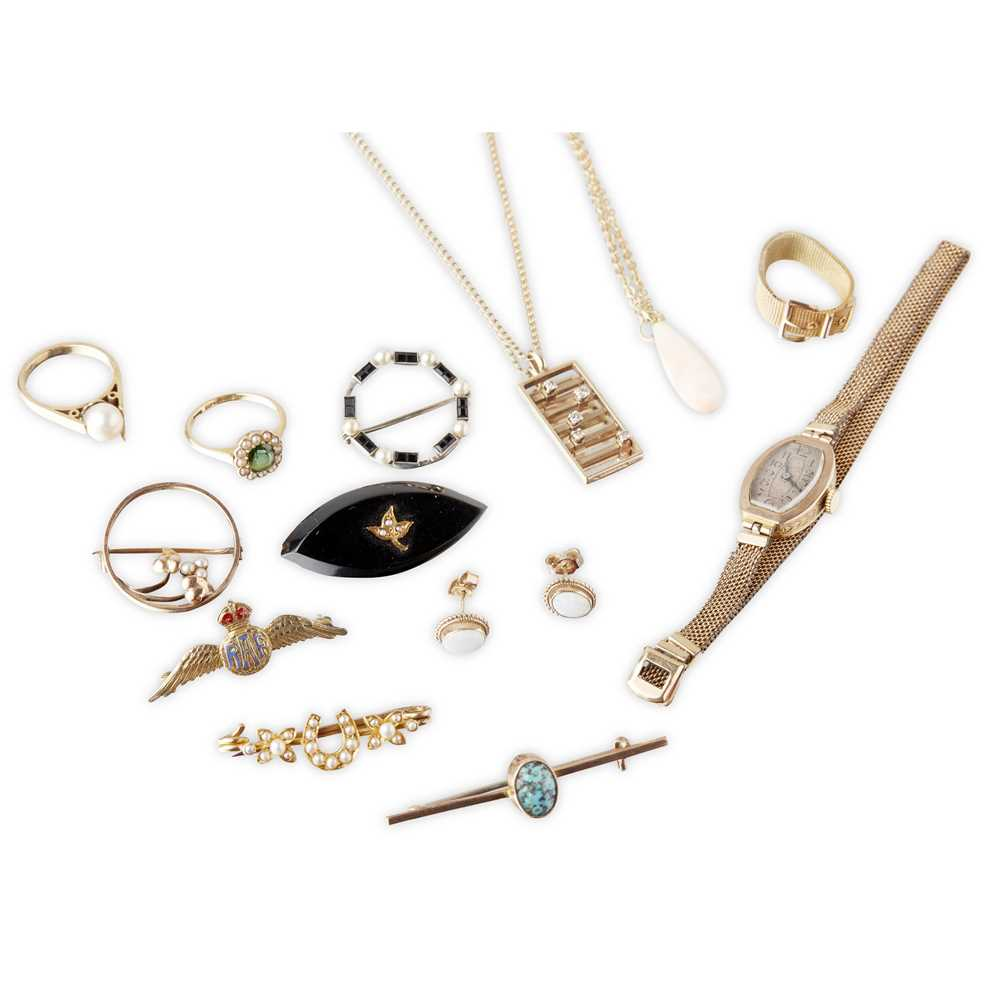 Lot 119 - A collection of jewellery