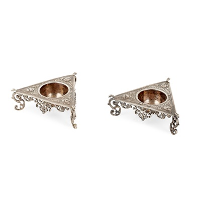 Lot 248 - A pair of 17th century style triangular silver salts