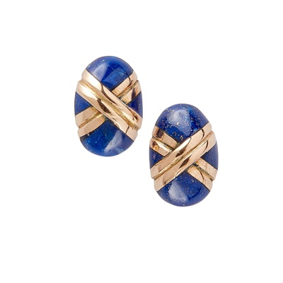 Lot 13-A pair of lapis lazuli earrings