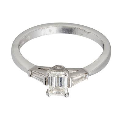 Lot 21-A three stone diamond ring