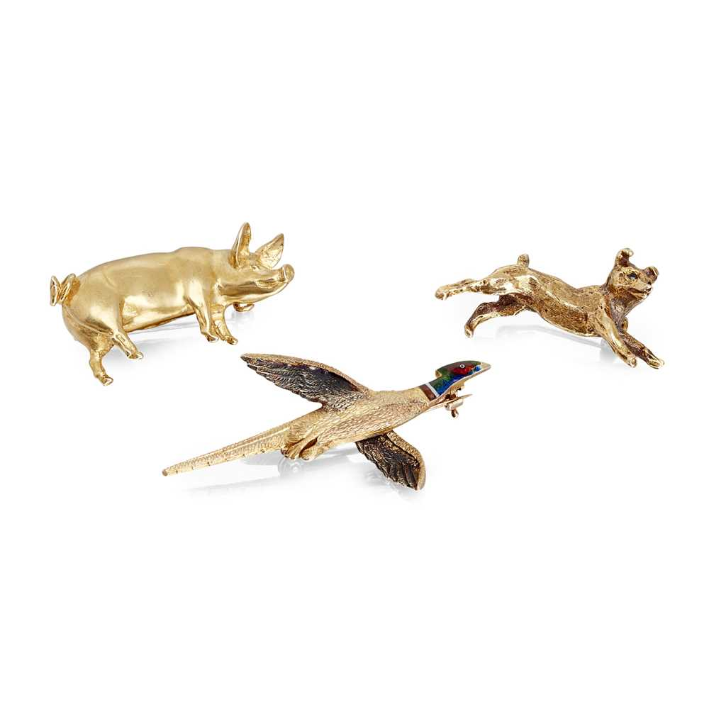 Lot 7-A collection of three novelty brooches