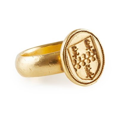 Lot 168 - A 17th century armorial seal ring