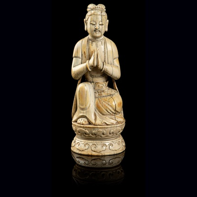 Lot 64 - IVORY FIGURE OF AN ACOLYTE