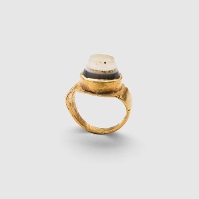 Lot 83 - ROMAN GOLD RING